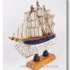 โมเดลเรือสำเภาจีนติดคริสตัล ( Crystal Chinese Boat Model )