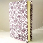 """ปกผ้าพื้นขาว ลายดอกม่วง เนื้อผ้าคอตต้อนญี่ปุ่น(โตไก) สำหรับหนังสือขนาด 200 หน้าขึ้นไป ขนาด 8.2"""""""