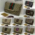 กระเป๋า Gucci แบบสะพายข้าง ฝาตรง ลายโมโนแกรม คาดแถบสีกลางใบ 10นิ้ว เกรดพรีเมี่ยมค่ะ