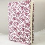 """ปกผ้าพื้นขาว ลายดอกแดง เนื้อผ้าคอตต้อนญี่ปุ่น(โตไก) ขนาด 8"""""""